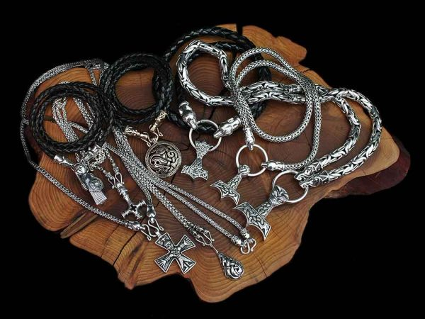 viking necklaces from the jelling dragon 1